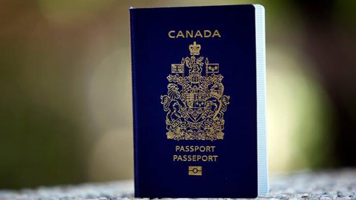 ... sur le passeport canadien et les avantages du passeport électronique